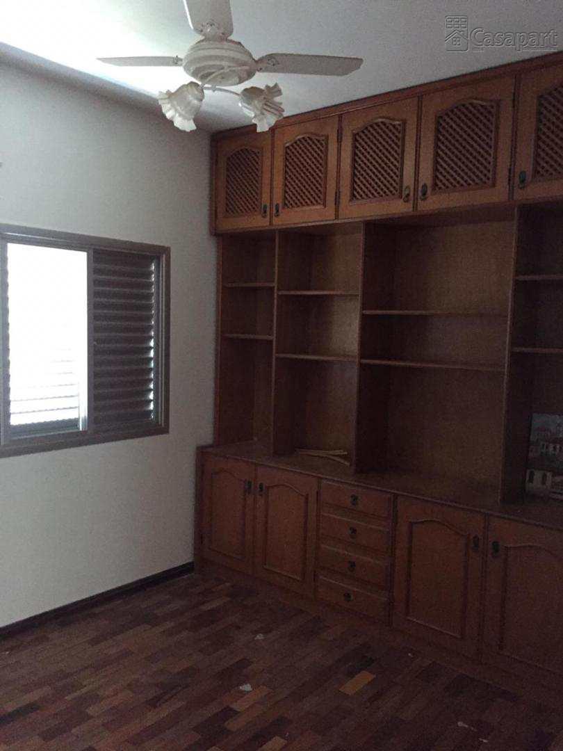 Apartamento com 3 dorms, São Francisco, Campo Grande - R$ 900 mil, Cod: 461