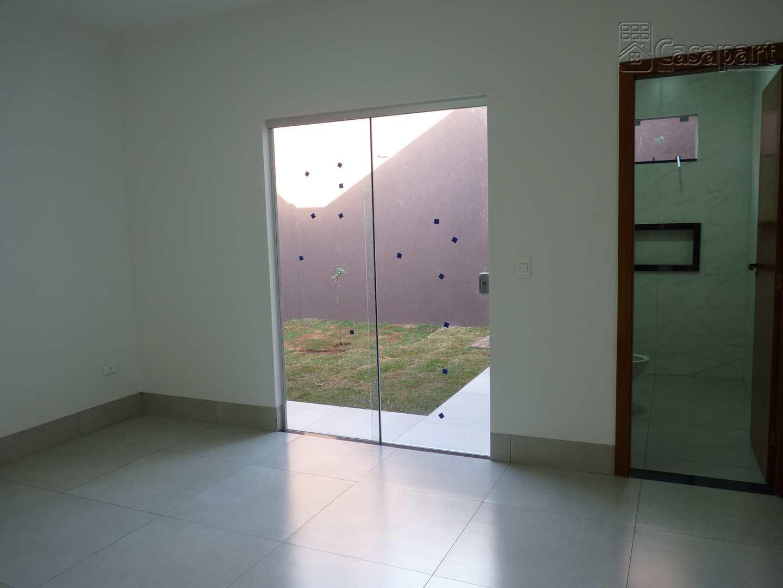 Casa com 3 dorms, Parque Rita Vieira, Campo Grande