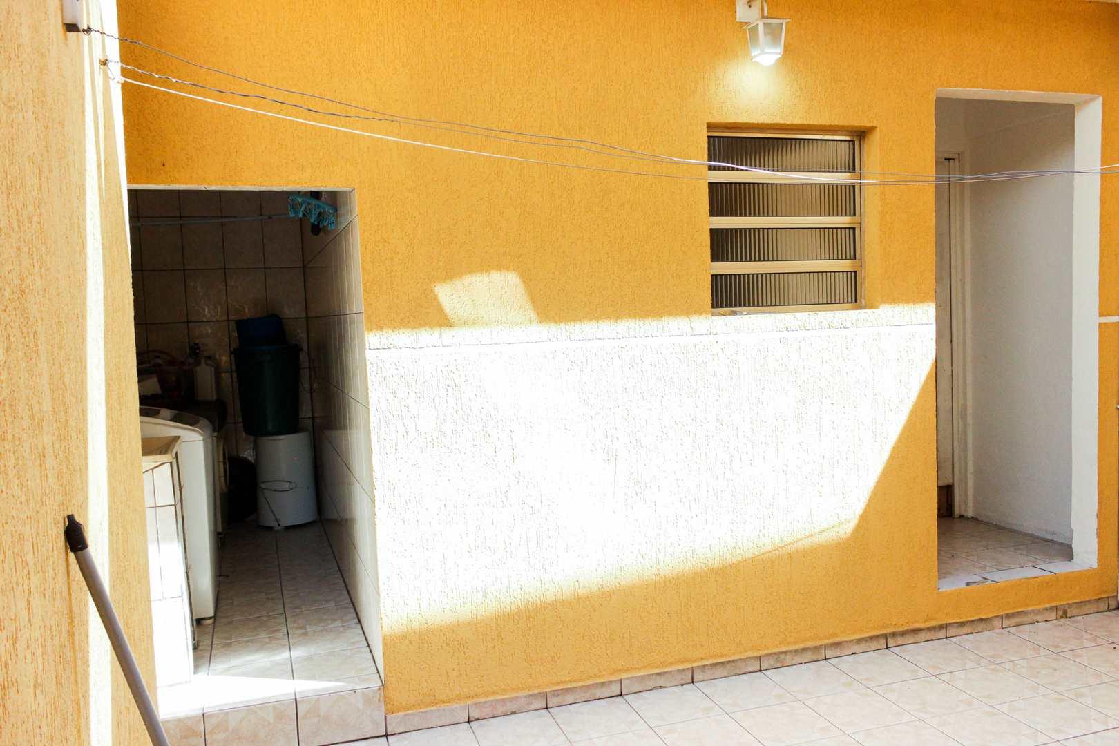 Casa com 3 dorms, Jardim Germânia, São Paulo - R$ 620 mil, Cod: 42