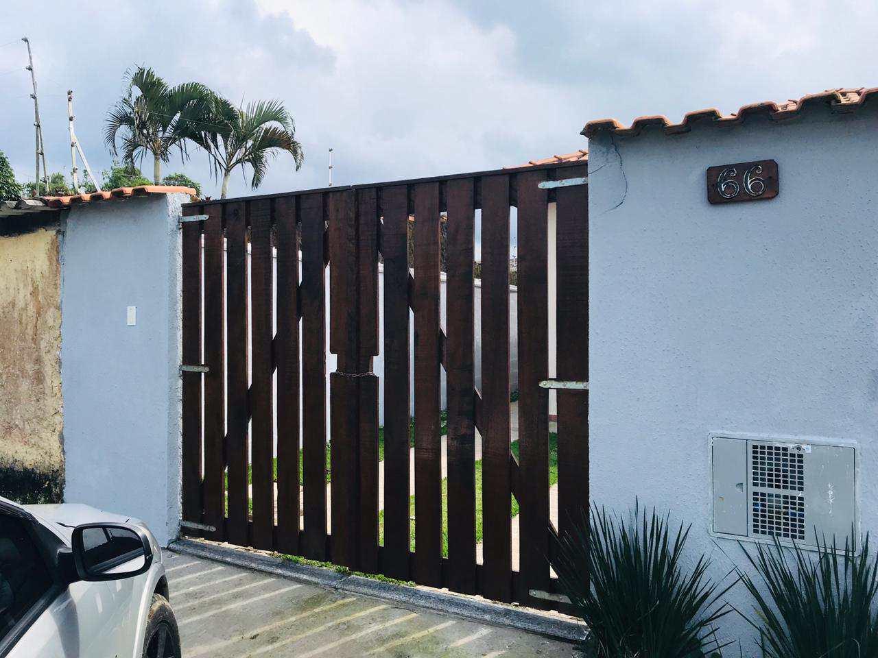 Casa com 2 dorms, Balneário Umuarama, Itanhaém - R$ 160 mil, Cod: 870