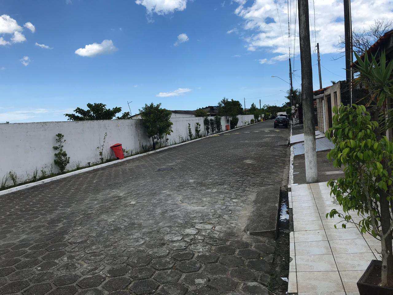 Lote em condomínio fechado na região do Jardim Oásis