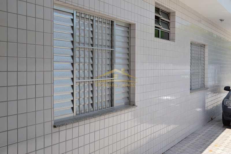 Casa com 4 dorms, Jardim Grandesp, Itanhaém - R$ 420 mil, Cod: 1410