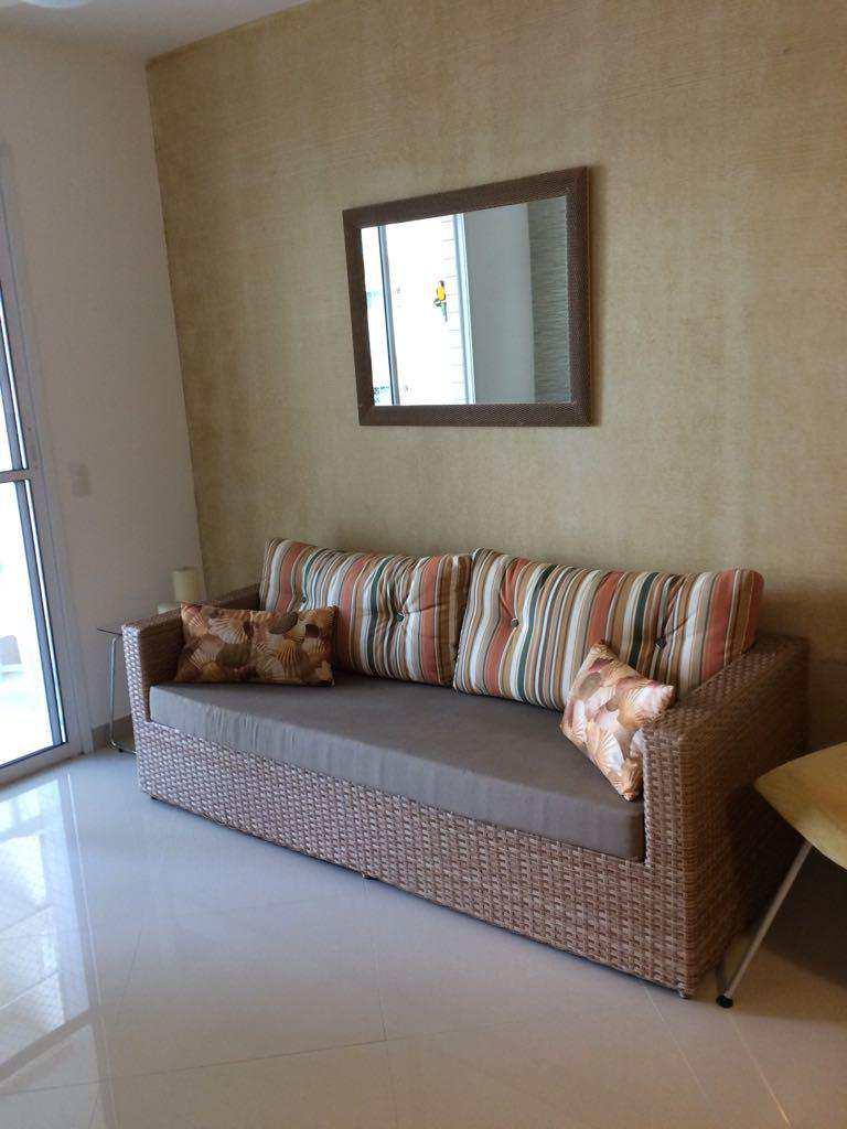 sofá frente TV