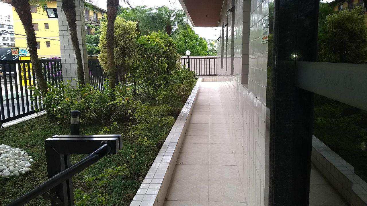 Apartamento com 1 dorm, Enseada, Guarujá - R$ 225.000,00, 47m² - Codigo: 4383