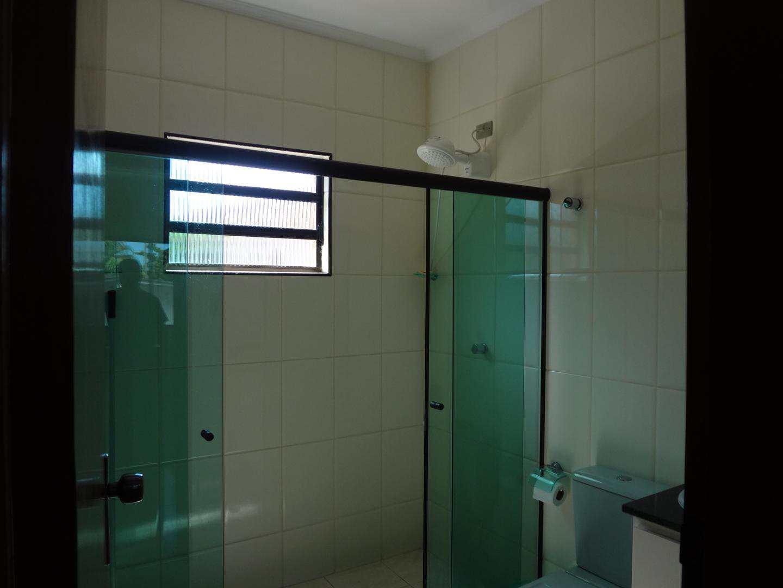 Casa com 04 dorms, Jardim Virgínia, Guarujá, 300m² - Codigo: 4437
