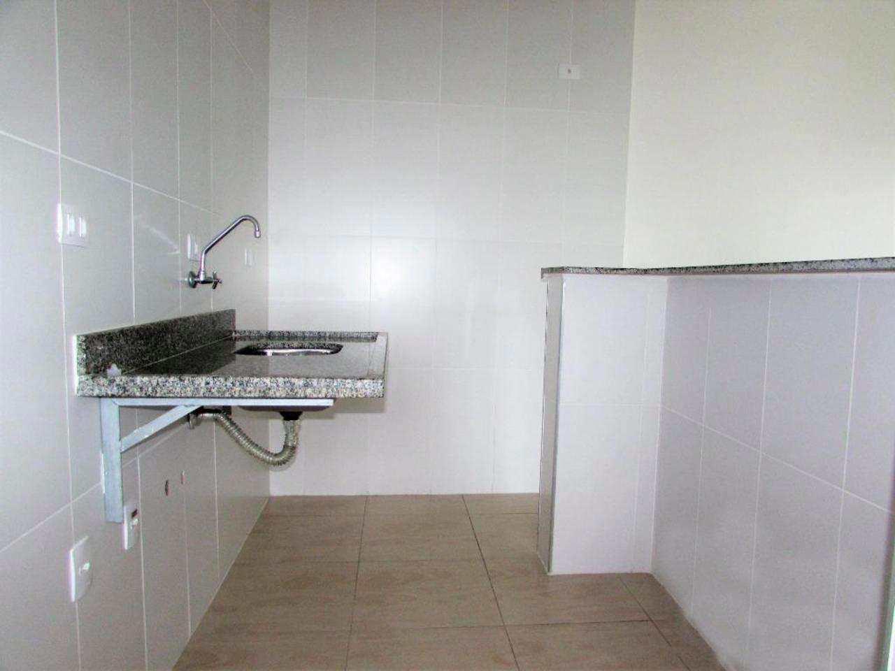 Flat com 2 dorms, Centro, Guarujá - R$ 400 mil, Cod: 4466