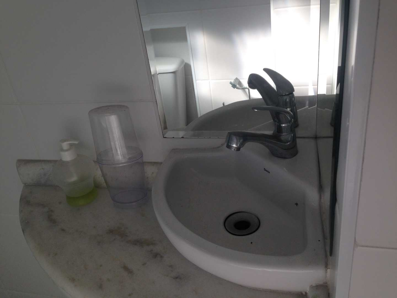 Apartamento com 3 dorms, Vila Júlia, Guarujá - R$ 320 mil, Cod: 4638
