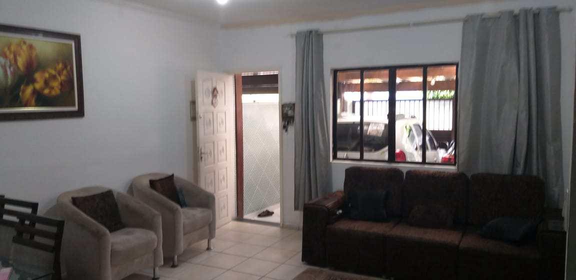 Casa com 3 dorms, Vila Santa Rosa, Guarujá - R$ 450 mil, Cod: 4836