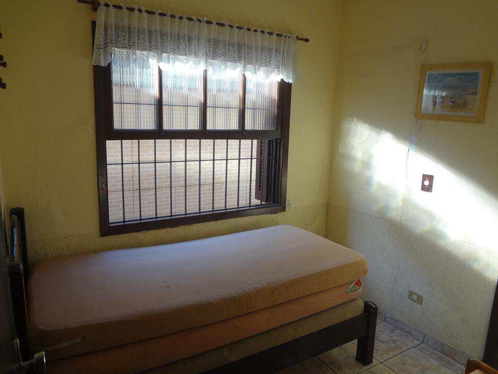 Casa com 4 dorms, Enseada, Guarujá - R$ 480 mil, Cod: 4874