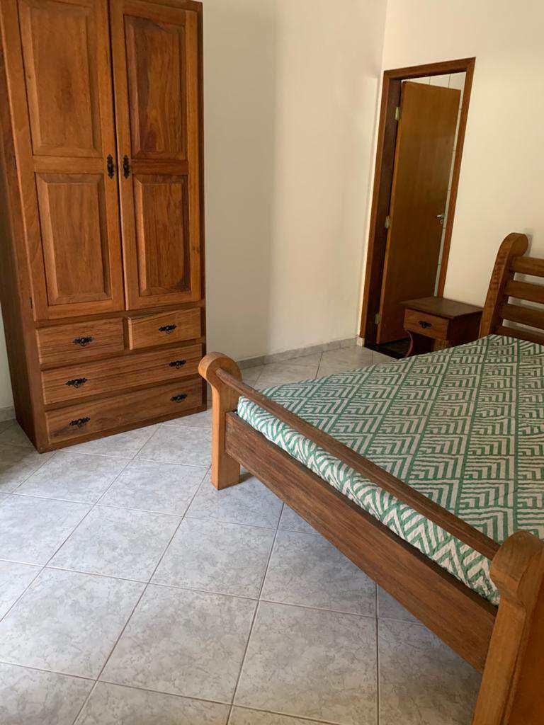Casa com 4 dorms, Enseada, Guarujá - R$ 750 mil, Cod: 4970