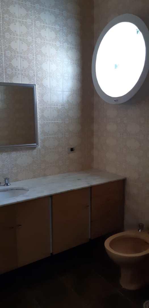 Casa com 3 dorms, Enseada, Guarujá - R$ 650 mil, Cod: 5161