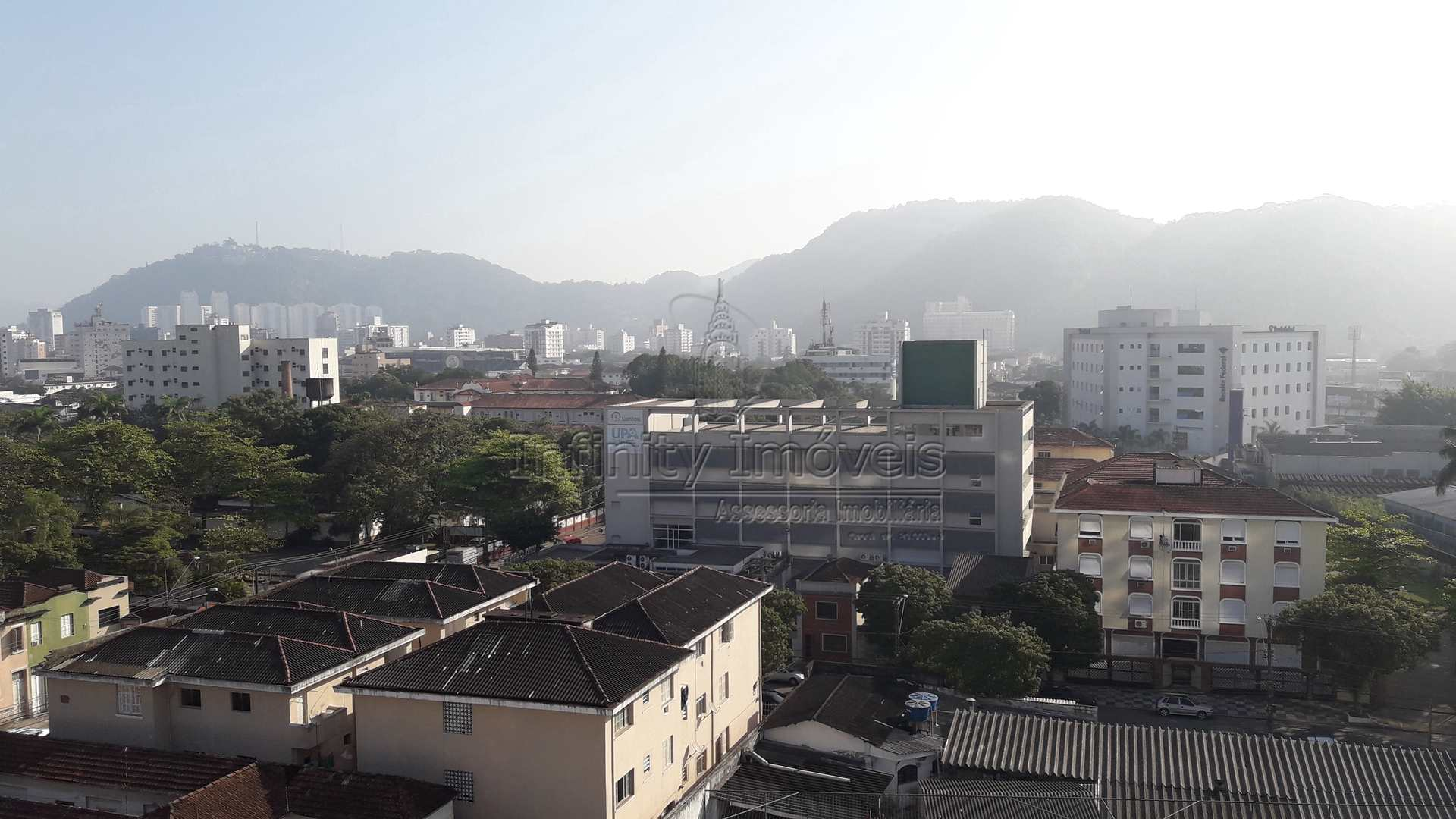 Aluguel, Salão Comercial na Cobertura, 470,00m2, em Santos