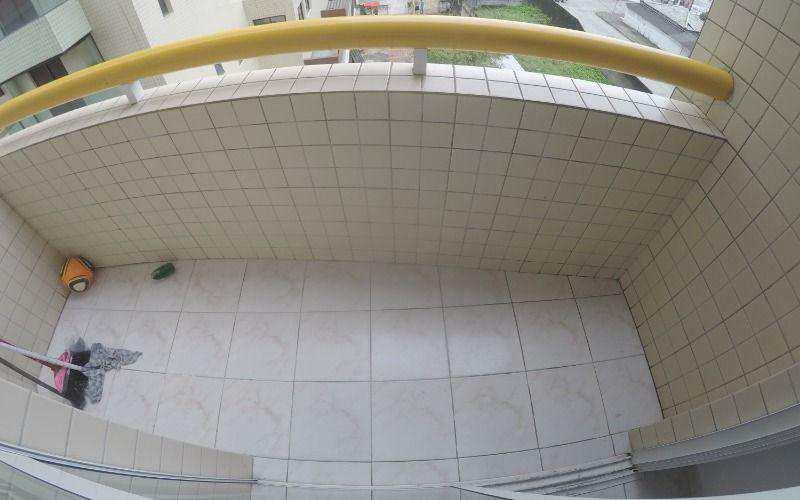 Kitnet com Vaga de Garagem à Venda na Praia Grande - Bairro Aviação