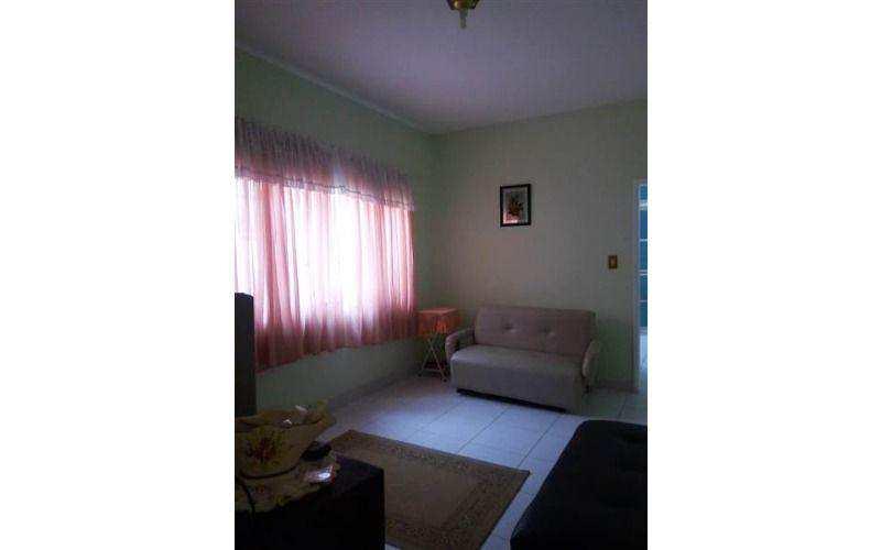 Casa com 2 Dormitórios e Piscina à Venda na Praia Grande - Bairro Vila Tupi