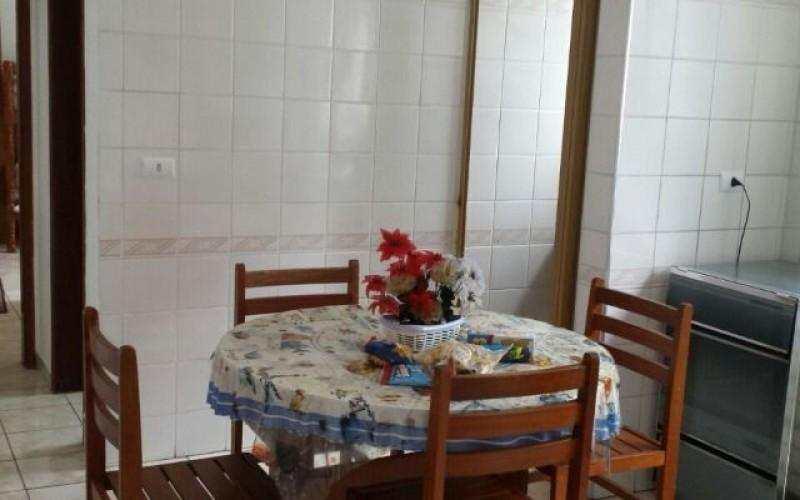 Lindo Apartamento no bairro Guilhermina em Praia Grande com 1 dormitório