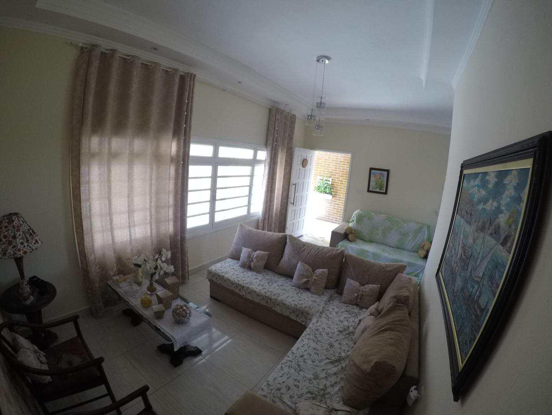 Casa com 3 dorms, Aviação, Praia Grande - R$ 650 mil, Cod: 4802