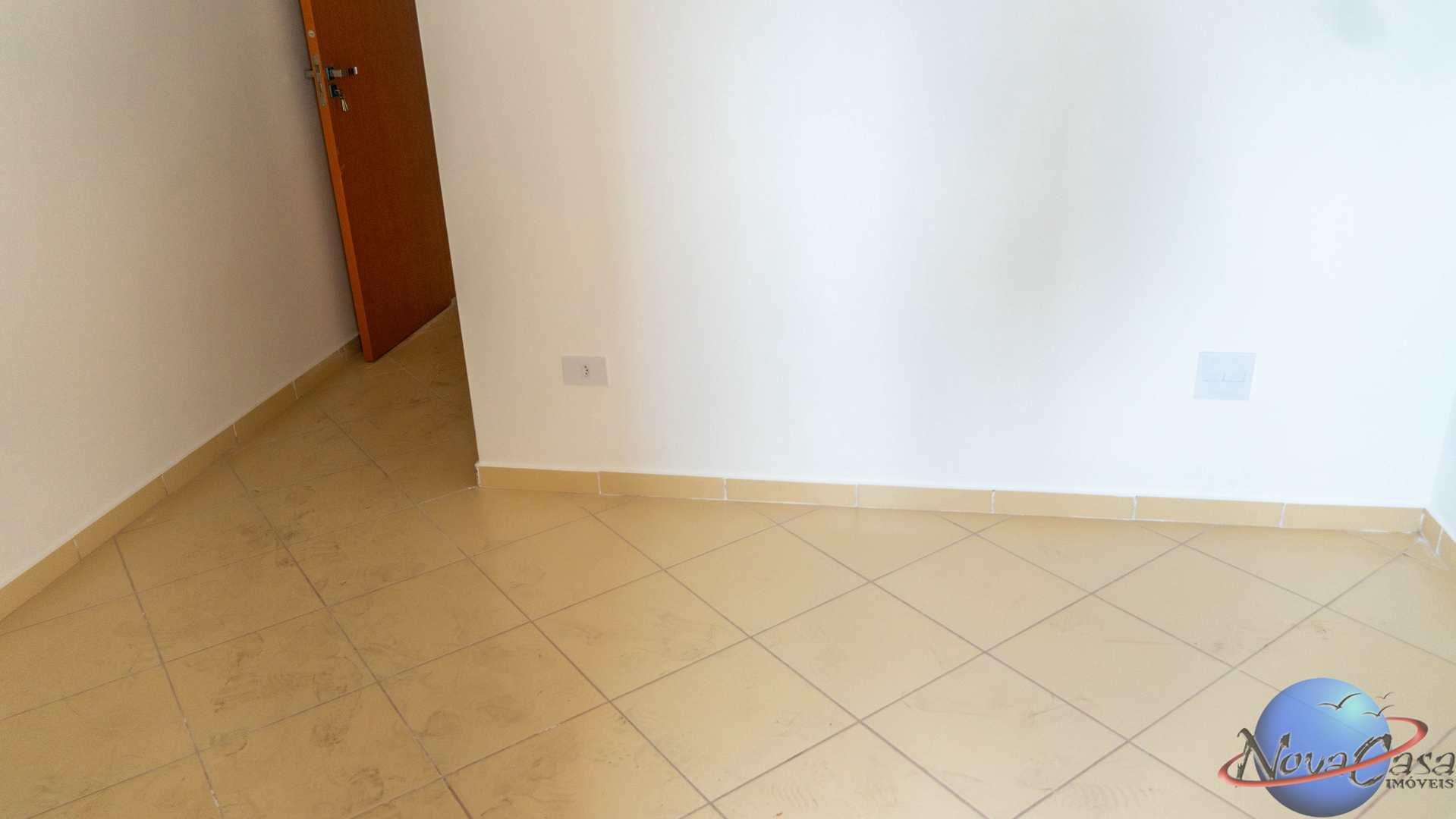 Apartamento com 2 dorms, Boqueirão, Praia Grande - R$ 320 mil, Cod: 5356