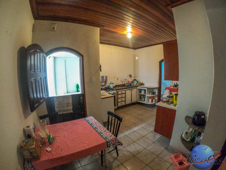 Casa com 3 dorms, Guilhermina, Praia Grande - R$ 400 mil, Cod: 5412