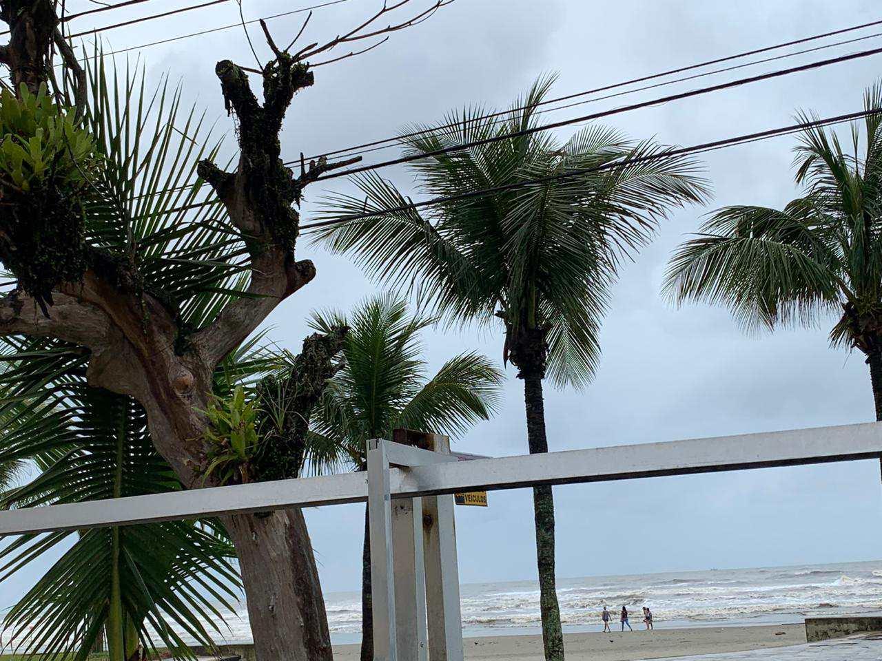 Kitnet com 1 dorm, Caiçara, Praia Grande - R$ 110 mil, Cod: 5447