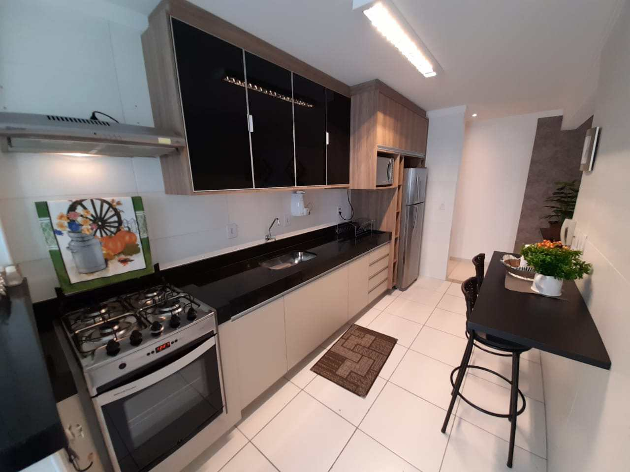 Apartamento com 2 dorms, Guilhermina, Praia Grande - R$ 425 mil, Cod: 5955