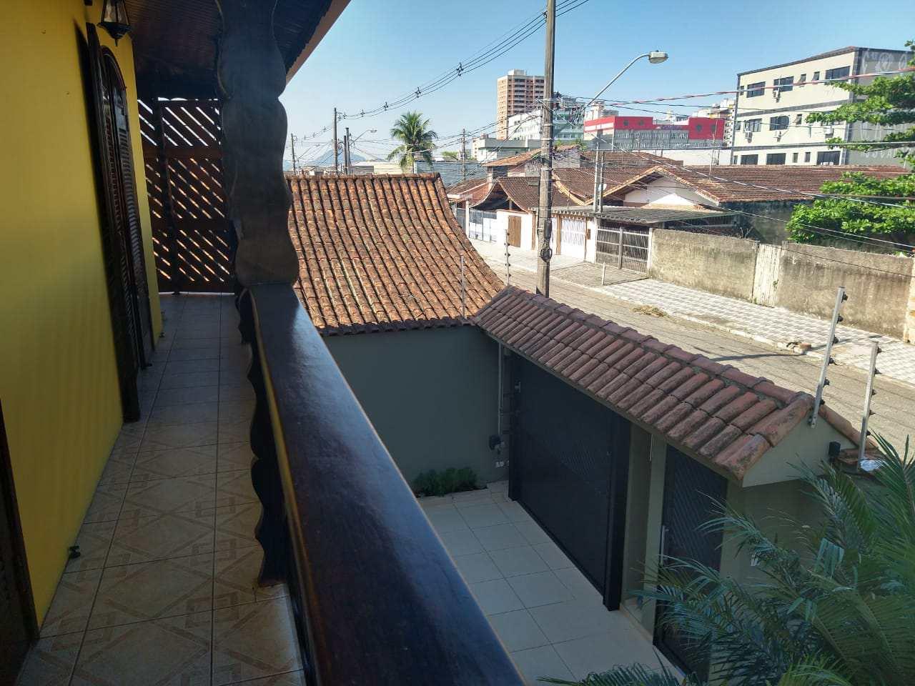 Sobrado com 4 dorms, Tupi, Praia Grande - R$ 890 mil, Cod: 5989