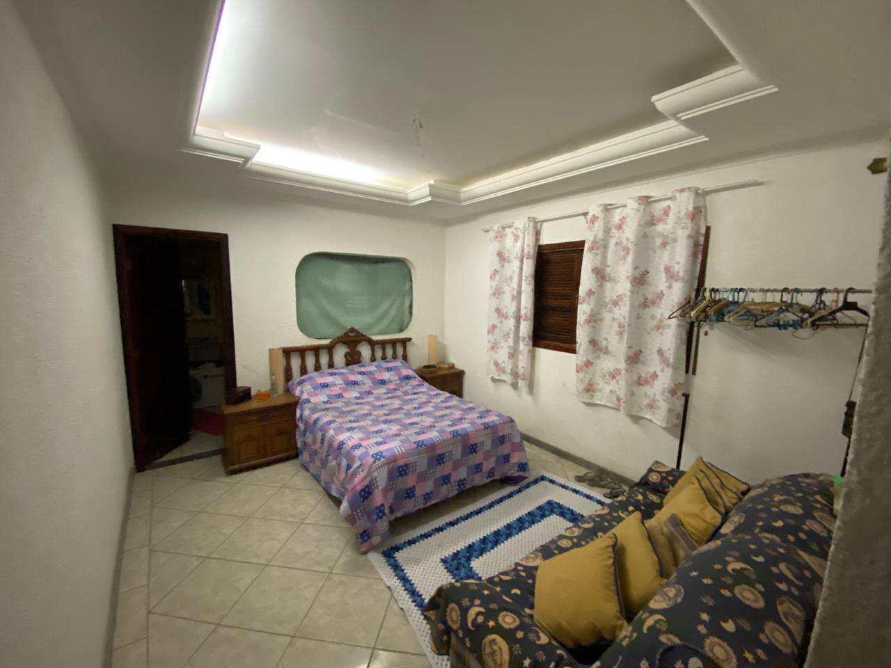 Casa com 3 dorms, Ocian, Praia Grande - R$ 440 mil, Cod: 6011