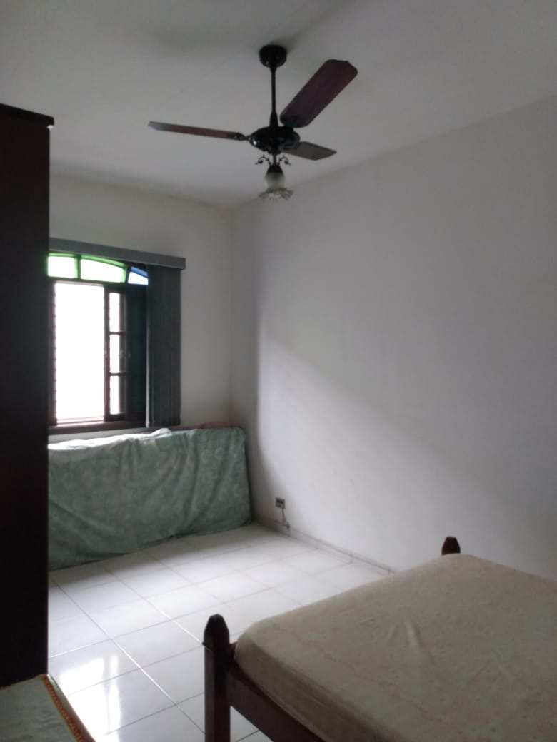 Casa com 1 dorm, Maracanã, Praia Grande - R$ 260 mil, Cod: 6139