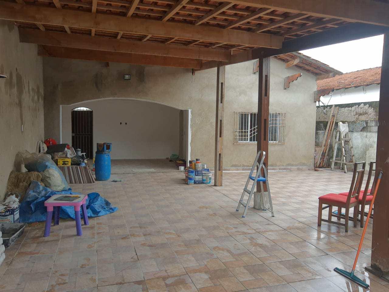 Casa com 3 dorms, Maracanã, Praia Grande - R$ 350 mil, Cod: 6140