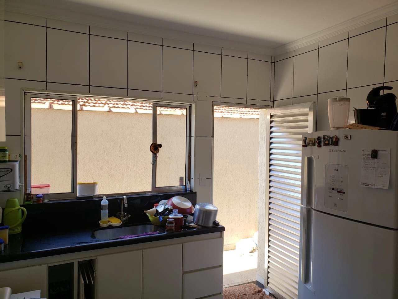 Casa com 3 dorms, Jardim Vera Cruz(Zona Leste), São Paulo - R$ 395 mil, Cod: 11341