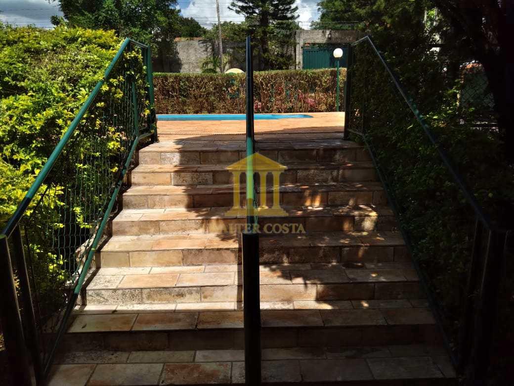 Escada de acesso à Piscina - Nivel mais alto.