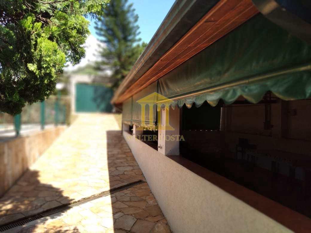 Vista ba Cozinha para a entrada Portão.