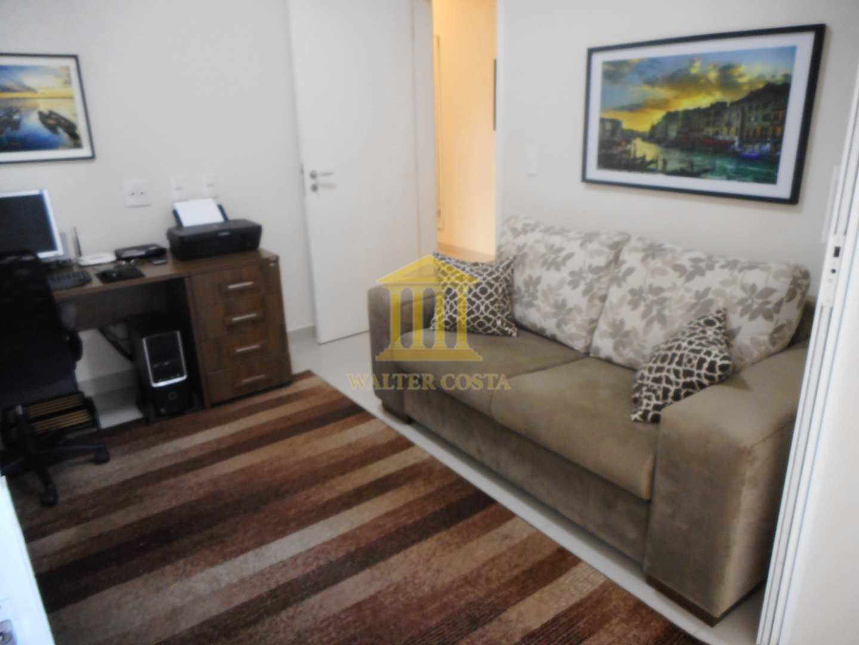 Casa de Condomínio com 4 Dormitórios, 2 suítes em Paulínia-SP