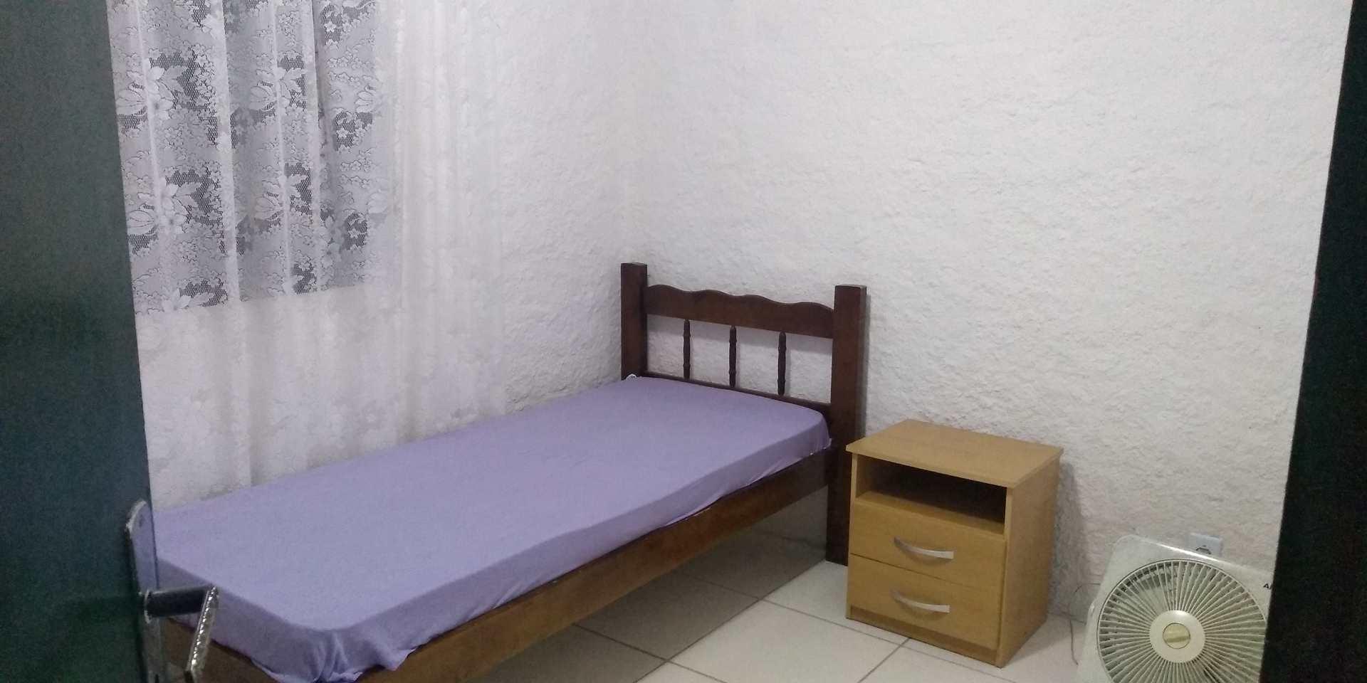 Casa c/ 4 dorms, 2 cozinhas,  + Internet