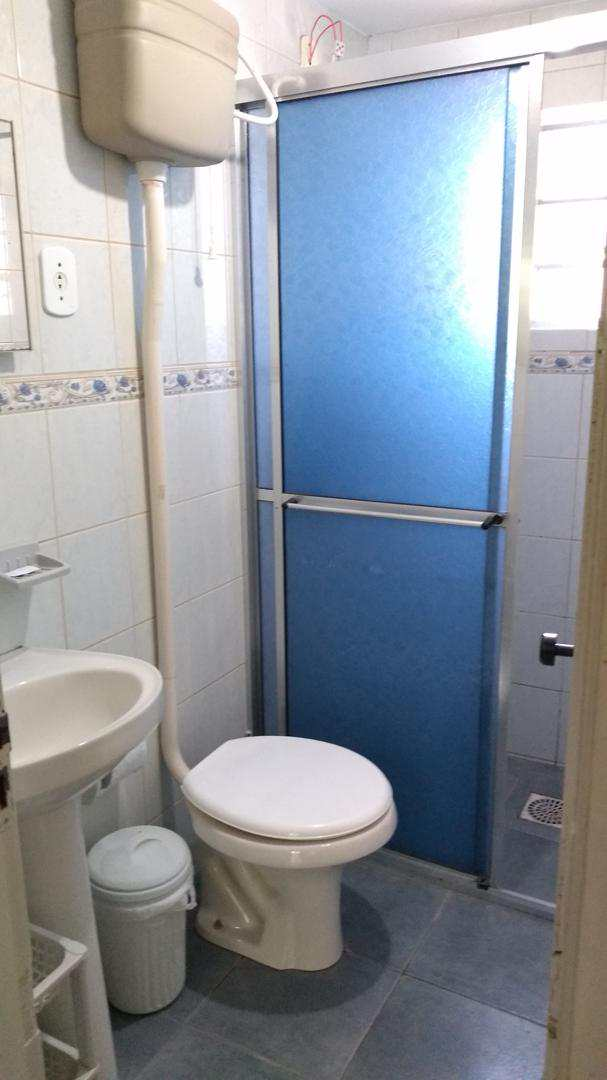 Apto., c/ 1 dorm, Cassino, (3 quadras do mar e Av.) + INTERNET
