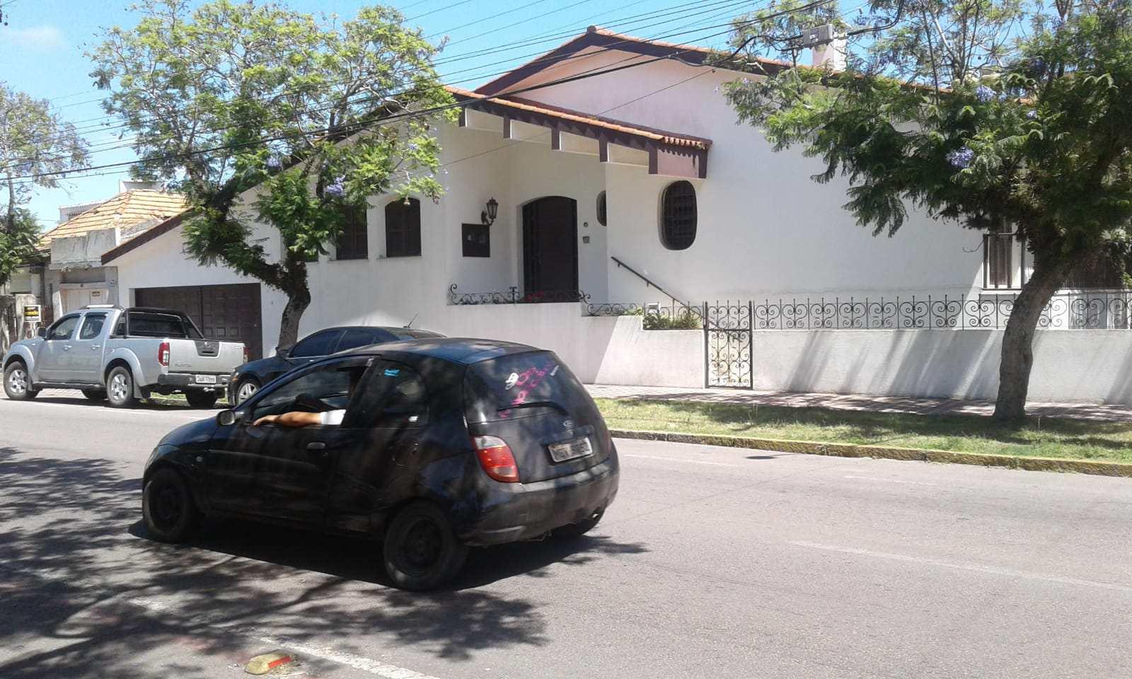 Casa com 2 dorms, Cidade Nova, Rio Grande, Cod.: 100