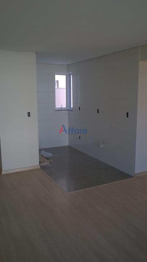 Apartamento com 2 dorms, Salgado Filho, Caxias do Sul
