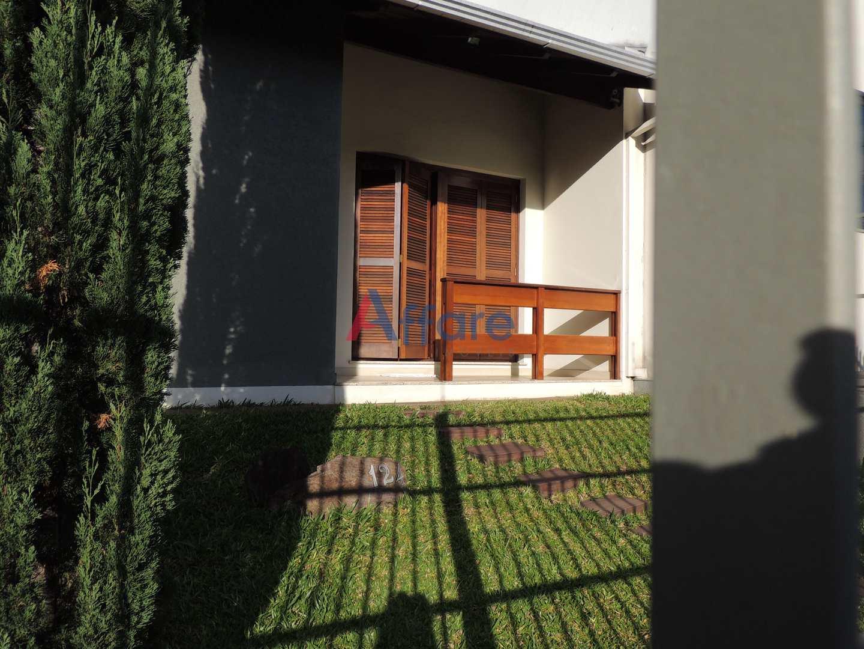 Casa 3 Dorms. - Bela Vista