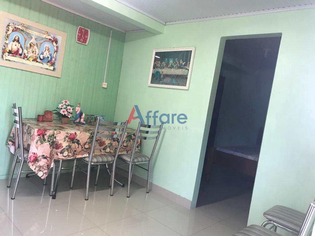 Casa 3 Dorms. - São Caetano