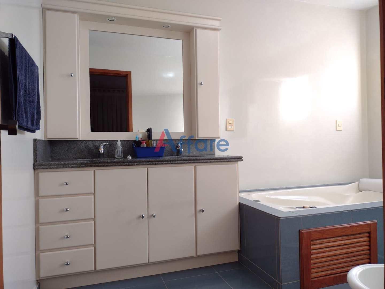 Casa Semi Mobiliada - 3 Dorms. - Santa Catarina