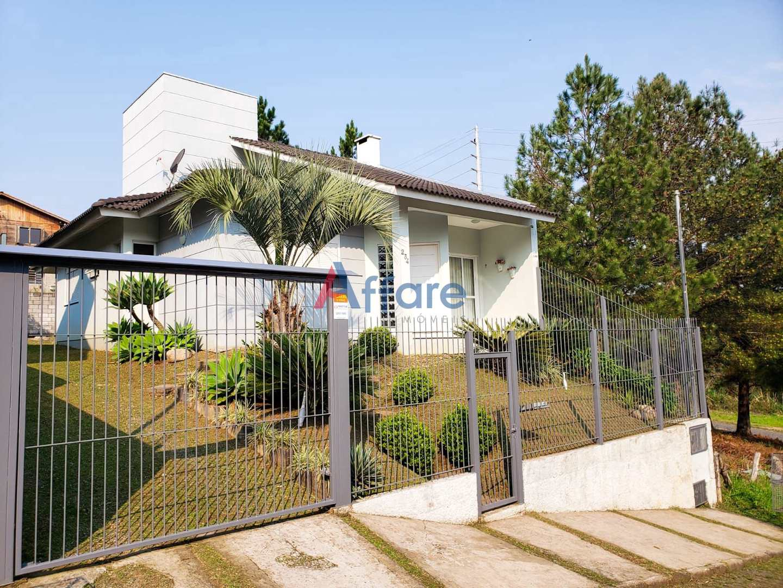 Casa Mobiliada e Equipada - 3 Dorm. - São Luiz