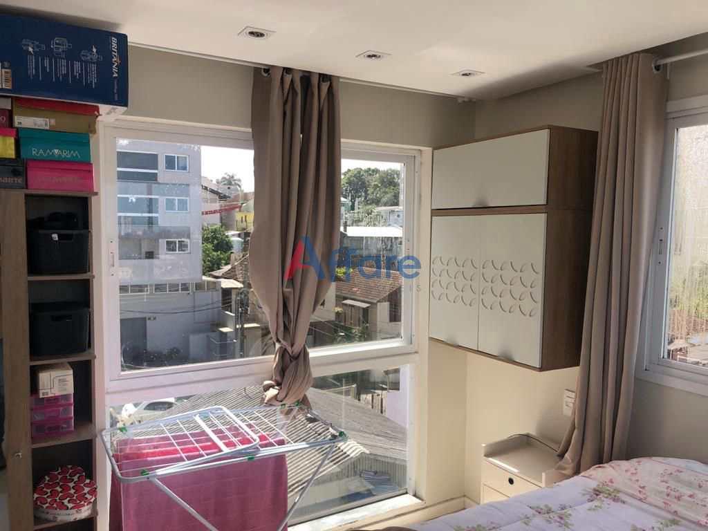 Apartamento Semi Mobiliado - 1 Dorm. - Petrópolis