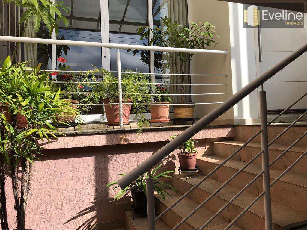 Sobrado com 3 dorms, Vila Oliveira, Mogi das Cruzes - R$ 860 mil, Cod: 1588