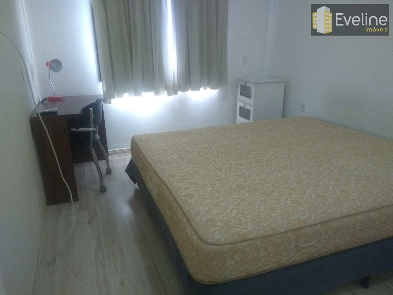 Flat com 1 dorm, Parque Monte Líbano, Mogi das Cruzes, Cod: 1592