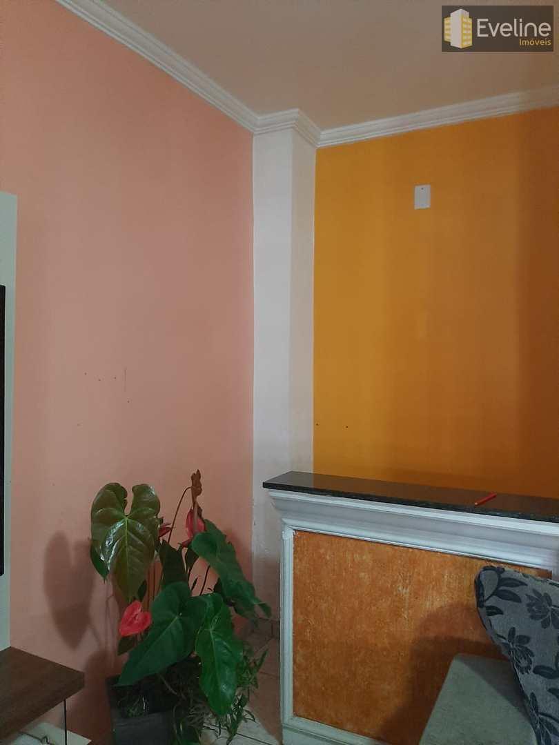Casa com 4 dorms, Conjunto Residencial Nova Bertioga, Mogi das Cruzes - R$ 465 mil, Cod: 1806