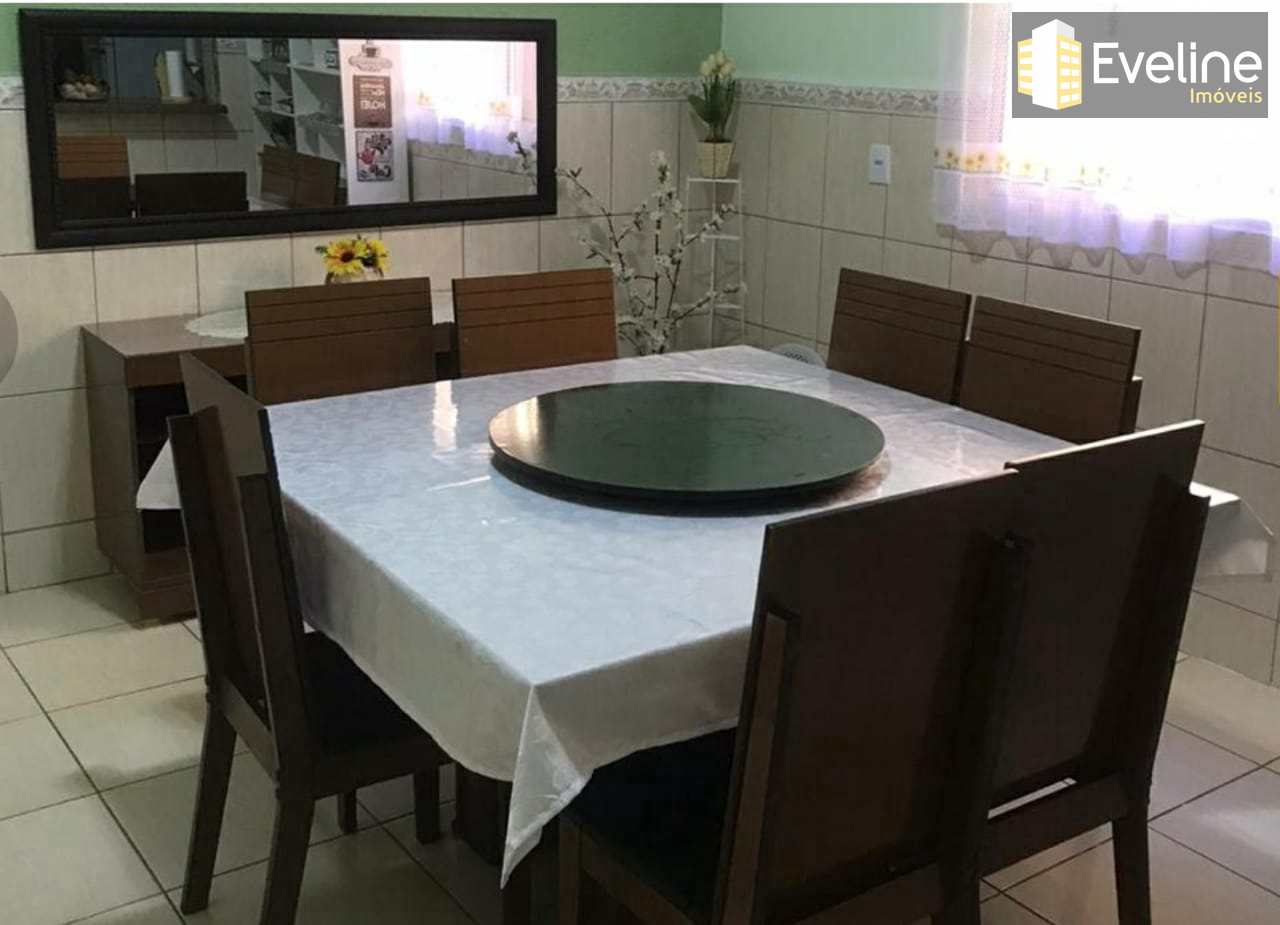 Casa com 3 dorms, Vila Nova Socorro, Mogi das Cruzes - R$ 480 mil, Cod: 1935