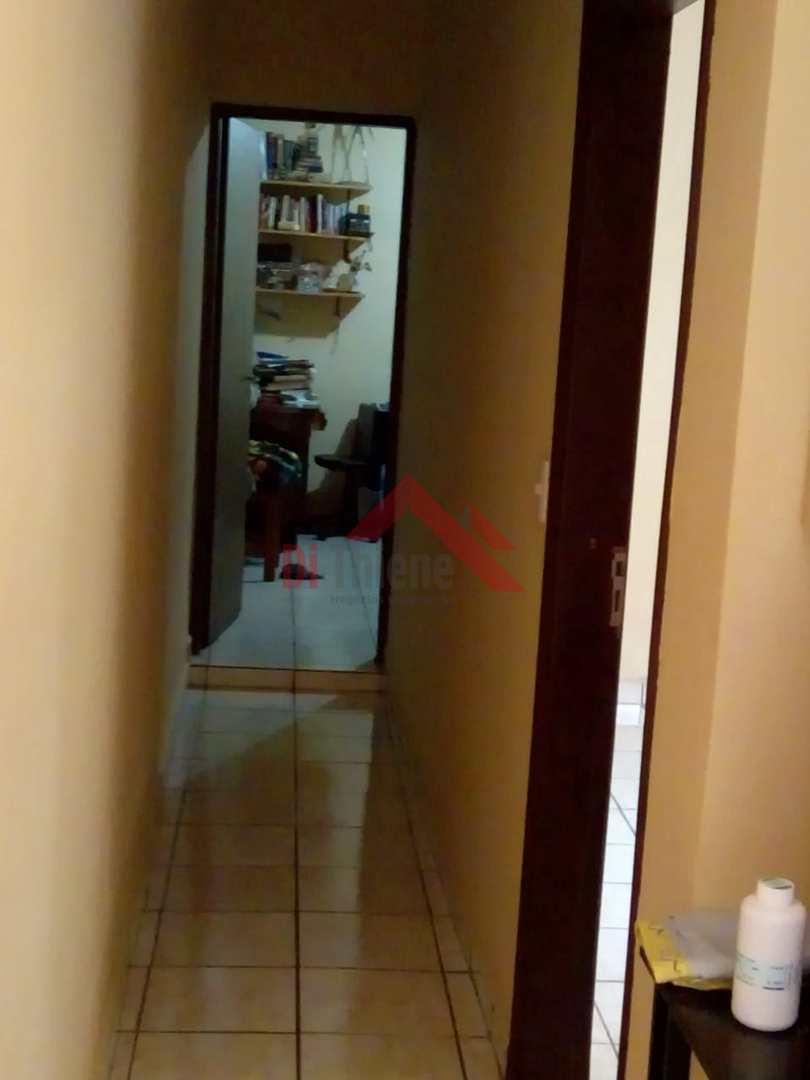 Casa com 4 dorms, Cerâmica, São Caetano do Sul - R$ 1.7 mi, Cod: 1064