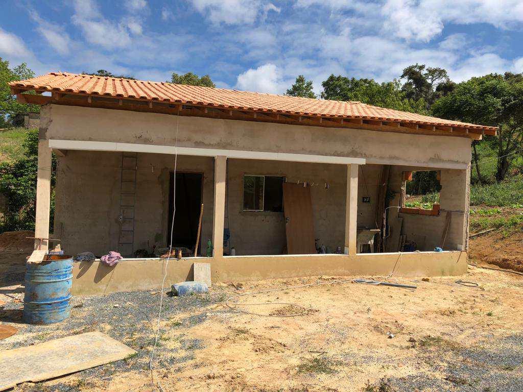 Chácara com 4 dorms, Leites, Piedade - R$ 340 mil, Cod: 56