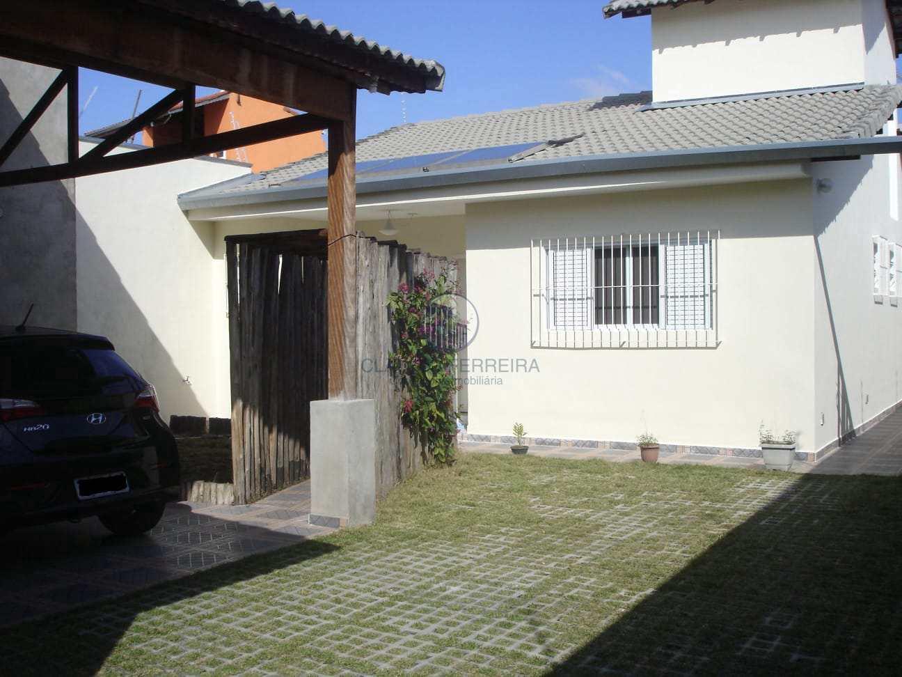 Casa com 2 dorms + Salão, Jardim Vila Galvão - Guarulhos.