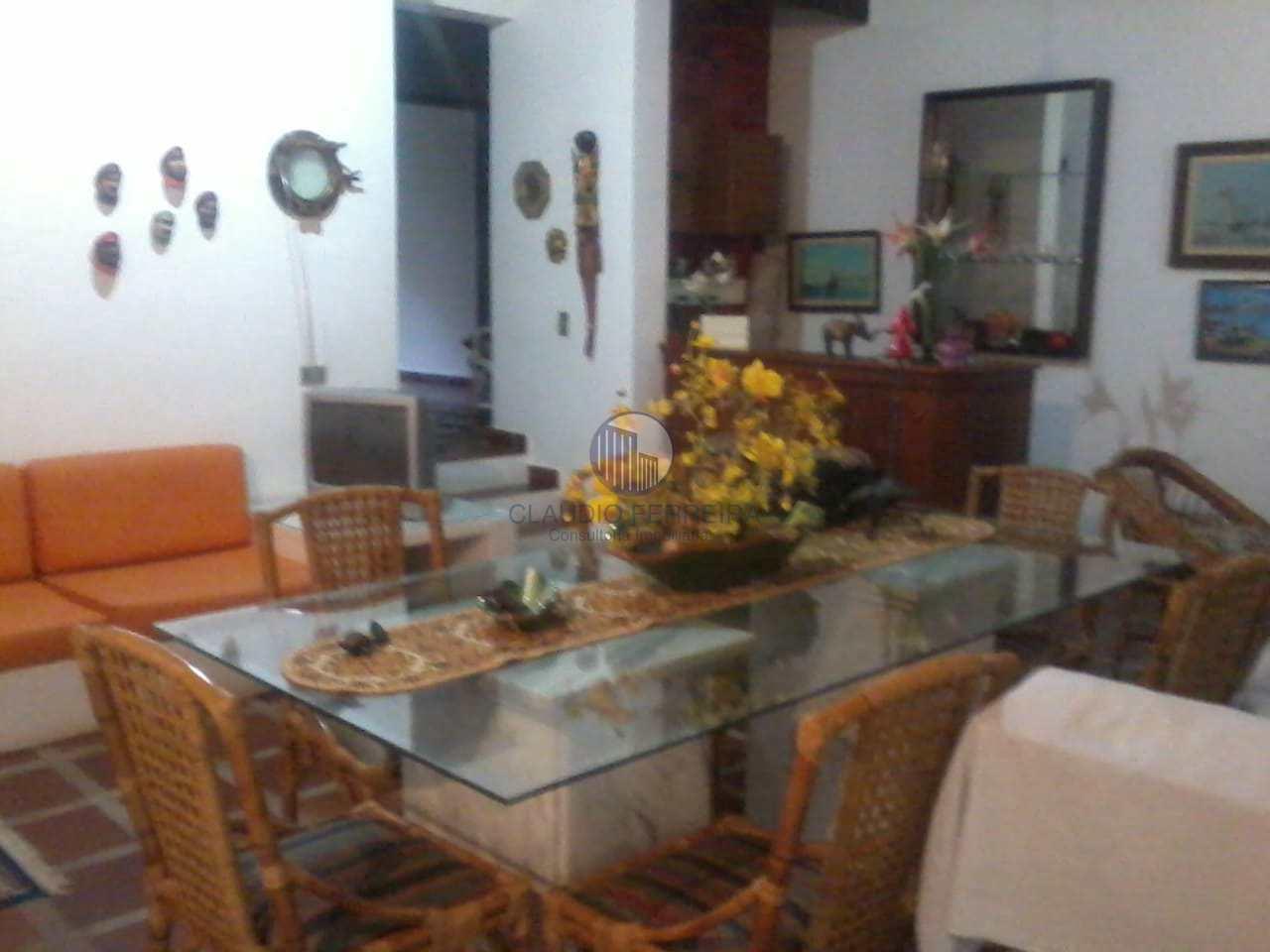 Casa com 4 dorms, Boiçucanga, São Sebastião - R$ 2.3 mi, Cod: 504