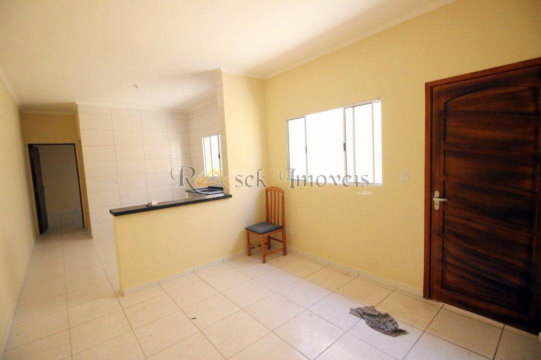 Casa com 2 dorms, a 500m da praia em Mongaguá - Cod: 12